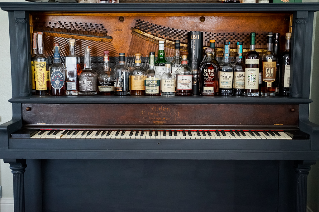 You Can Enhance Your Piano Skills By Visiting Piano Bars